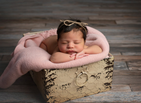 Newborn-Baby-Photos-Columbia-SC-34-of-87