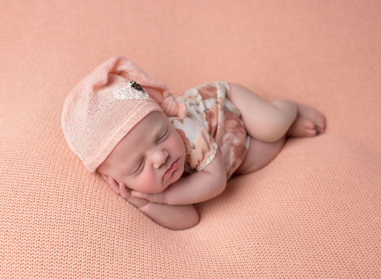 Newborn-Baby-Photos-Columbia-SC-36-of-87